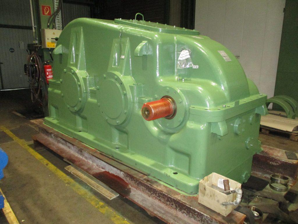 Instandsetzung WGW Getriebe SBH 1600 aus Mühlenantrieb der Zementindustrie, inkl. aus- und Einbau vor Ort. Änderung des Dichtungssystems auf WDR.