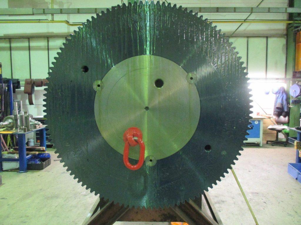 Instandsetzung Kupplung / Zahnrad der Hauptwelle eines MAAG Mühlenantriebs