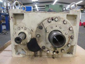 Instandsetzung Reparatur Koellmann Gears UNEX 6 Getriebes aus einen Einschneckenextruder, hier vor der Getriebereparatur