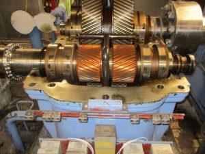 Revision eines BHS Voith AD 80 T Turbogetriebes aus einer Dampfturbine, hier geöffnetes Turbogetriebe