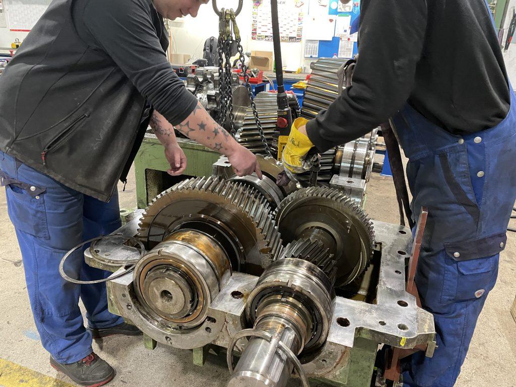 Getriebe neu lagern lassen - was kostet ein Lagerwechsel